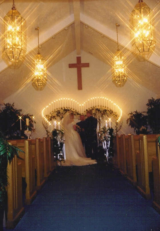 chapel at in the smokies weddings cabin rentals we feel fortunate that you are interested in our wonderful chapel in the heart of pigeon forge